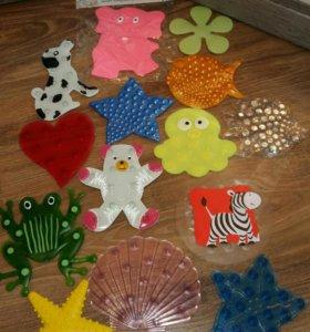 Набор мини-ковриков для веселого купания малышей