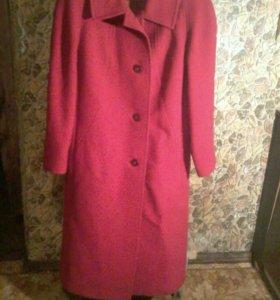 Красное пальто и чёрное пальто