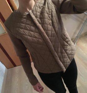 Новая куртка  срочно