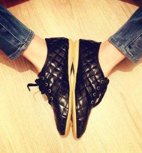 Новые ботинки, все размеры