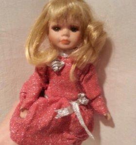 Кукла фарфоровая 26 см
