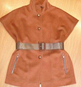 Оригинальное кашемировое пальто (48-50).