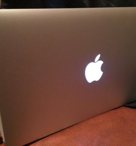 MacBook Air 11 (2013 г. )