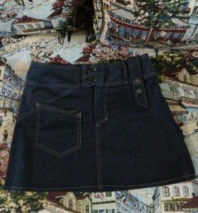 Стильная мини юбка джинс