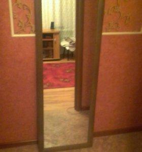 Зеркало в молдинге Новое