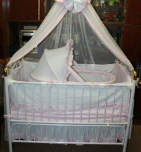 Детская кроватка-трансформер Geoby с люлькой