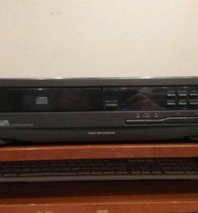 CD плеер Philips AK 640