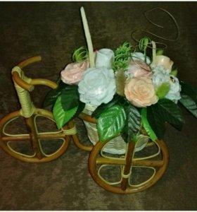 Велосипед с 7 розами из мыла