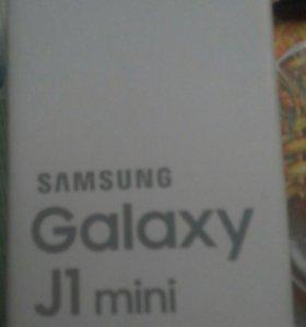 Телефон samsung Galaxi J1 mini