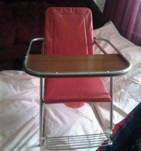 Детский стульчик для кормления и всего остального.