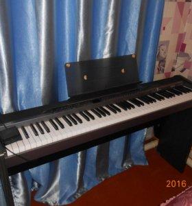 Цифровое пианино-Casio PX-320