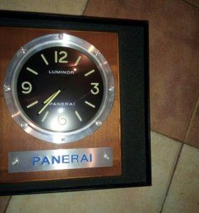 Настенные часы panerai