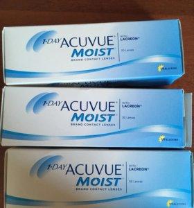 Линзы Acuvue Moist