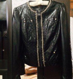 Кожаная куртка XL