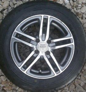 Продам комплект колес 14 на ваз