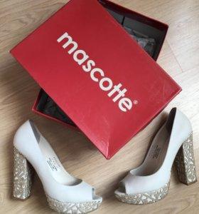 Стильные туфли Mascotte