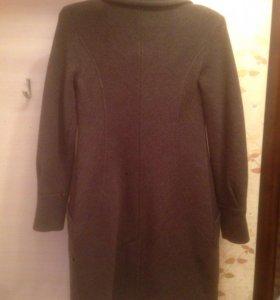 Пальто J Lo 46 новое