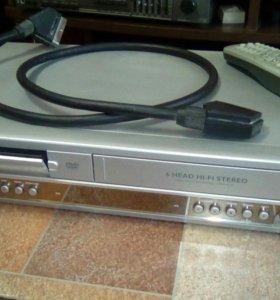 Видеомагнитофон и DVD в одном