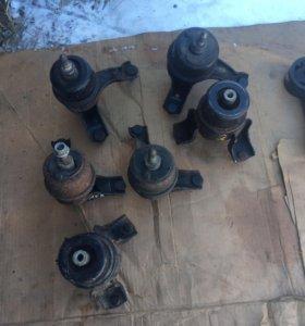 Подушки двигателя на тойоту камри 40(2,4)