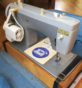 Машина швейная бытовая Чайка 142М-33 класса б/у