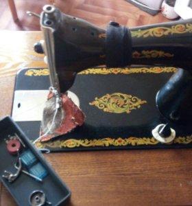 Швейная машинка — тумба