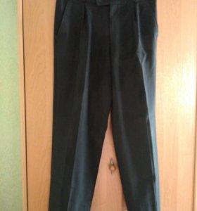 Школьные брюки, рост. 140см