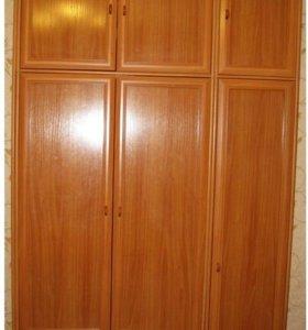 Шкаф, комод, зеркало, 2 тумбочки
