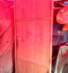 Дверь деревянная для бани(сауны) в раме.