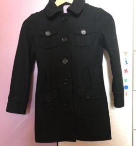 Пальто на девочку р. 134см