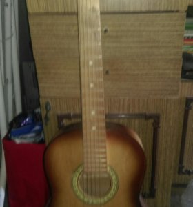 Гитара 6- струнная