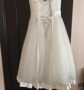 Белоснежное вечернее платье