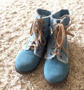 Новые ботинки для девочек