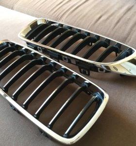 Решетка радиатора BMW (ноздри, оригинал)