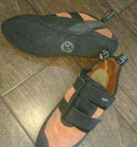 Туфли скальные ClimbX