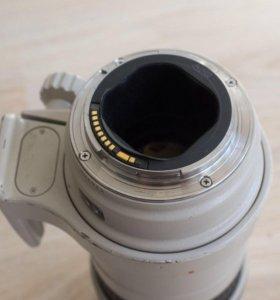 Canon EF 300mm F4L USM AF Lens for EOS EF IS