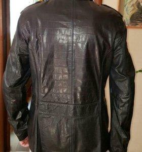 Новая куртка кожаная мужская