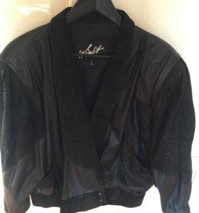 Куртка женская кожаная 48 размер