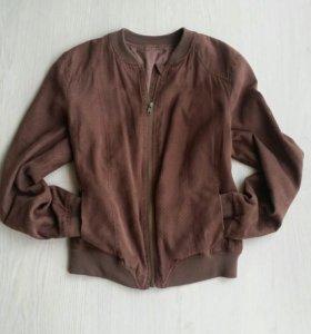 Куртка весенняя 42р