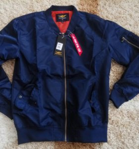 Бомбер куртка ветровка новая