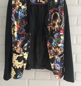 Пиджак новый, размер 40-42.