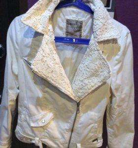 Косуха джинсовая Guess оригинал белый цвет