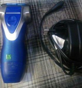 Электротехническая бритва Panasonic