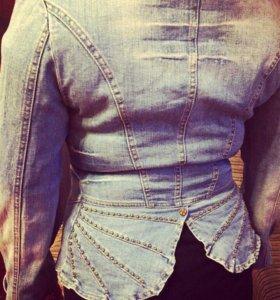 Стильный джинсовый пиджак (стретч)
