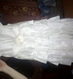 Платье на девочку   89046964925