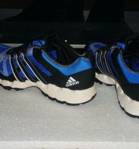Adidas Sportshiker B22799.