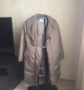 Пальто-пуховик новое.
