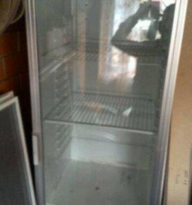 Торговое оборудование для пива(холодильник,мебель)