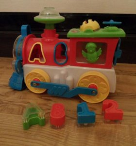 музыкальная игрушка паровозик-сортер