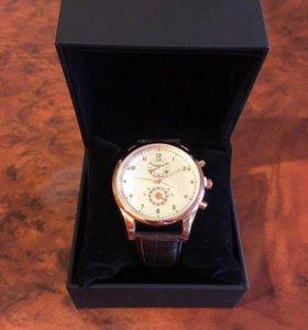 Новые мужские часы Mont Blanc