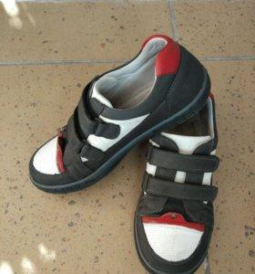 Ботинки размер 31